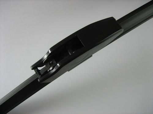 Front Wiper Blade Set - LR018367