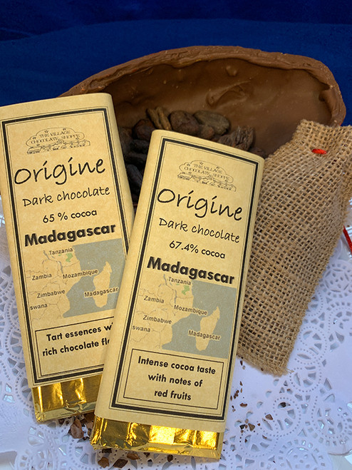 Madagascar - 67.4% Cocoa Dark Chocolate