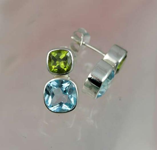 ranger-forget-me-not-topaz-peridot-stud-earrings