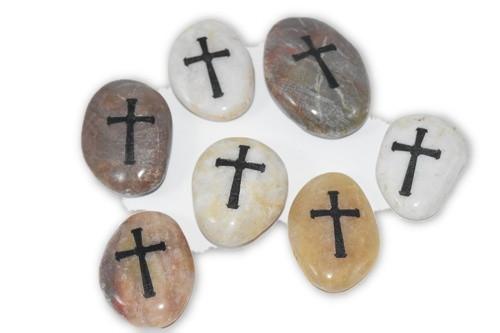 Cross Palm Stone 1 pc -
