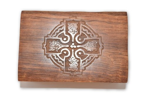 Celtic Cross Carved Wooden Box - Tarot Cards, Crystals, Altar Supplies,  Gift Giving