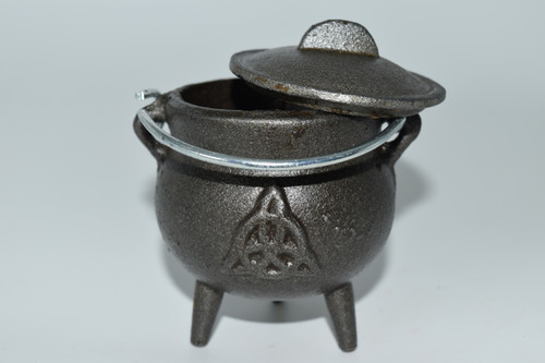 Small Cast Iron Triquetra Cauldron for Incense, Resin,Cones