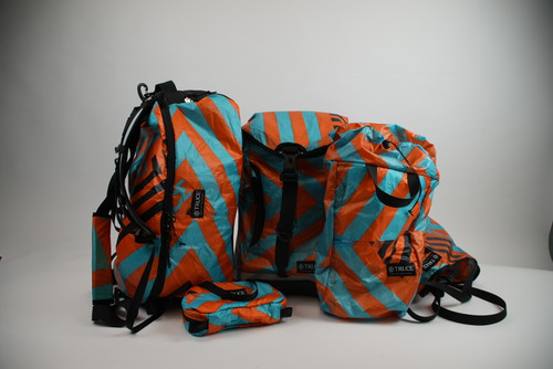 Blue/Orange Kite Travel Set