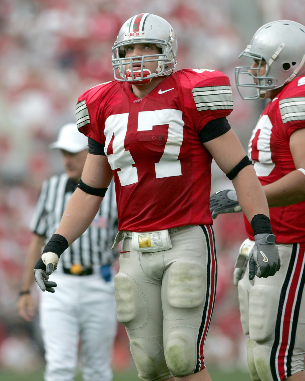 more photos 5820d f3237 AJ Hawk Ohio State Buckeyes Licensed Unsigned Photo (4)