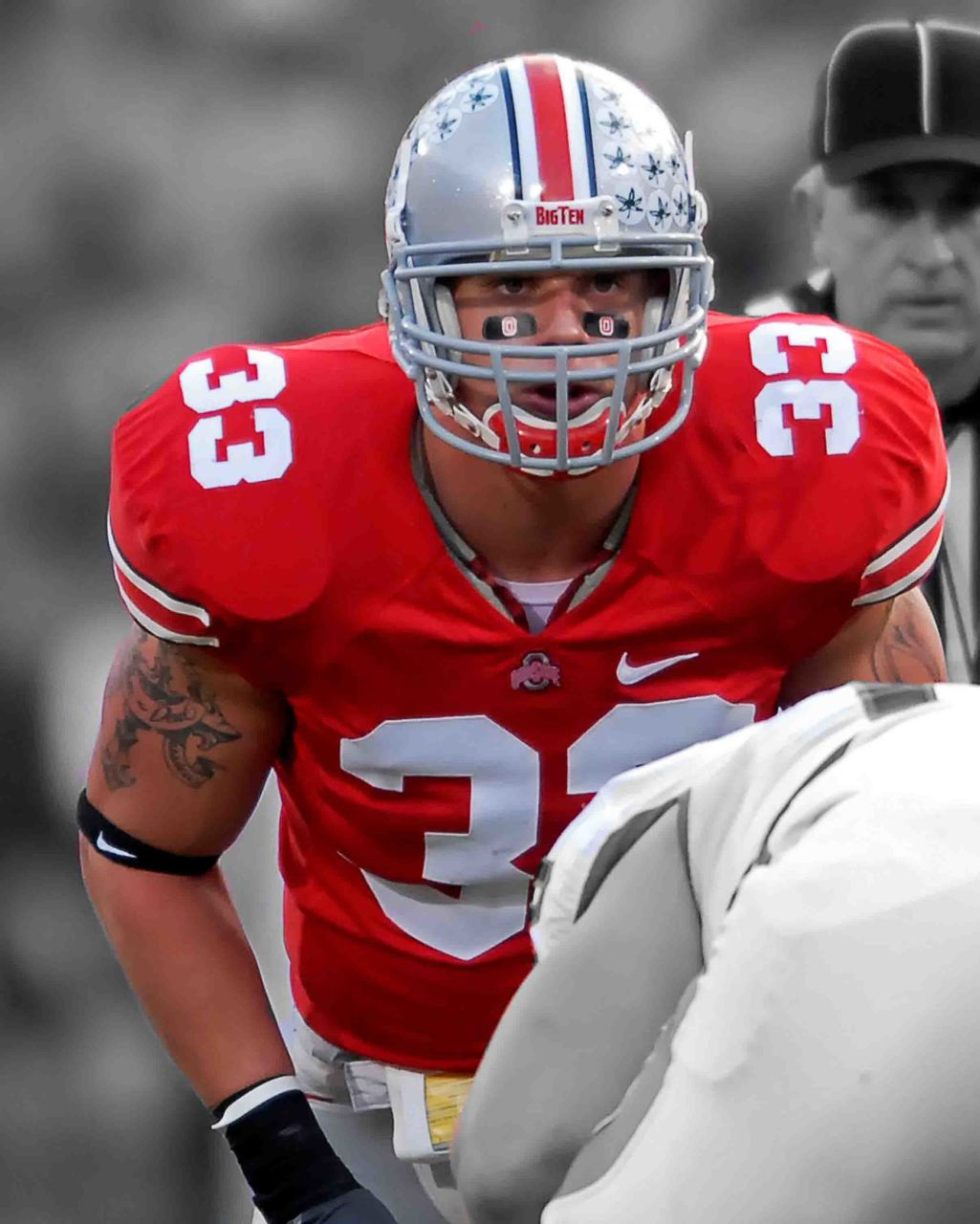 brand new bd6f8 c5035 James Laurinaitis Ohio State Buckeyes Licensed Unsigned Photo (8)