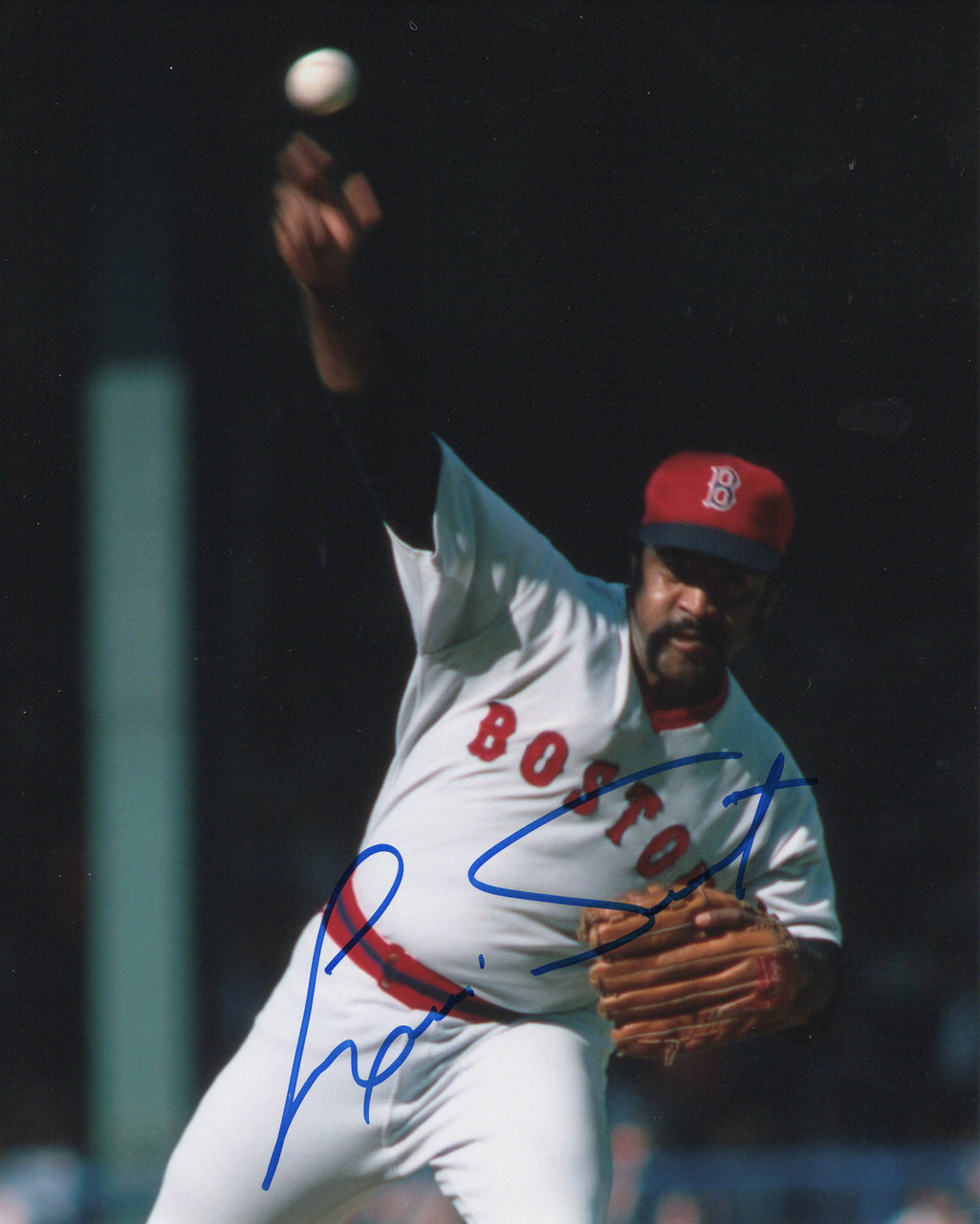 Louis Tiant Boston Red Sox 8x10 Autographed Photo - Certified Authentic