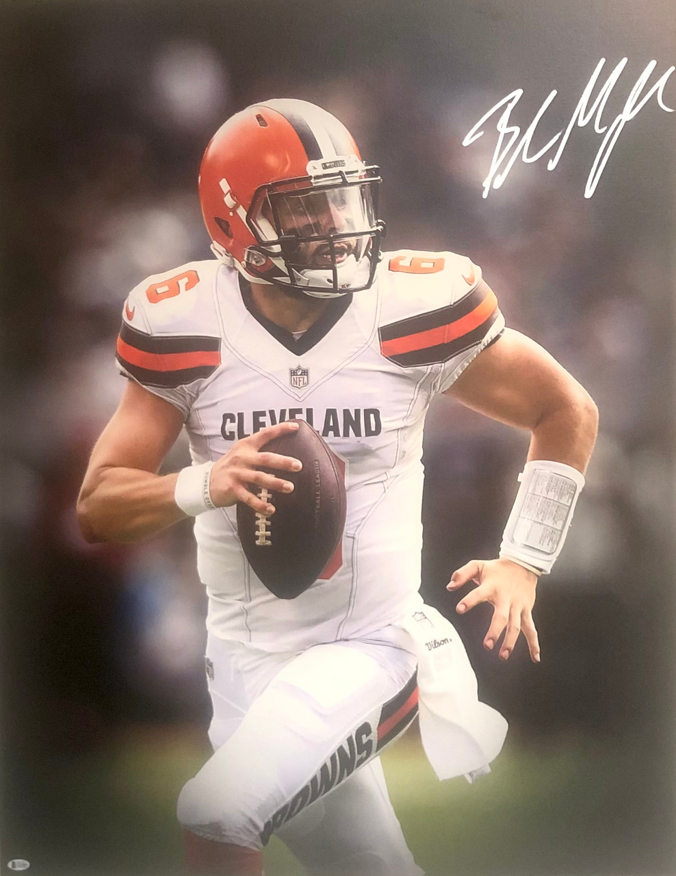 Baker Mayfield Cleveland Browns 30x40 Autographed Canvas 1 - Beckett Authentic