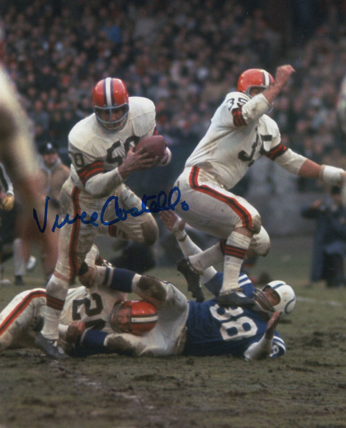 Vince Costello Cleveland Browns 8-5 8x10 Autographed Photo - Certified Authentic