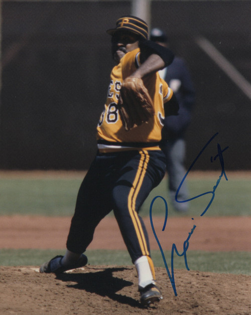 Louis Tiant Pittsburgh Pirates 8x10 Autographed Photo - Certified Authentic