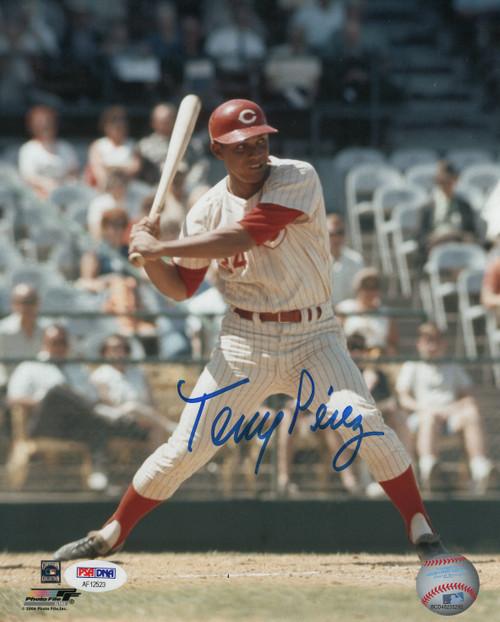 Tony Perez Cincinnati Reds 8-2 8x10 Autographed Photo - PSA Authentic