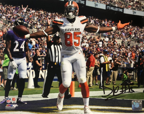 David Njoku Cleveland Browns 11-1 11x14 Autographed Photo - Certified Authentic