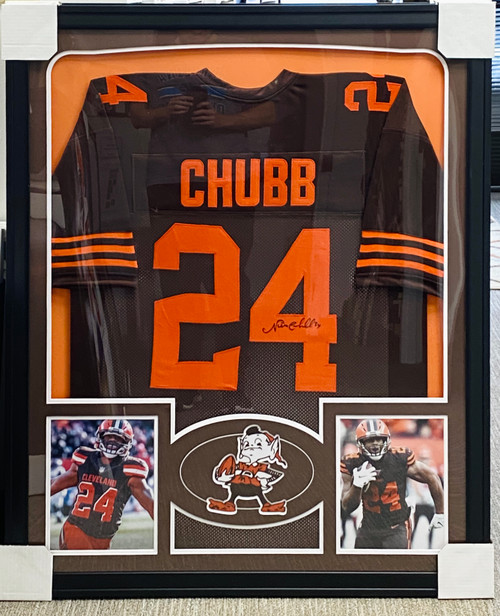 Nick Chubb  Autographed & Framed Jersey Cleveland Browns