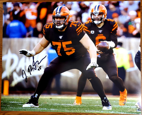 Joel Bitonio Cleveland Browns 16-1 16x20 Autographed Photo - Certified Authentic