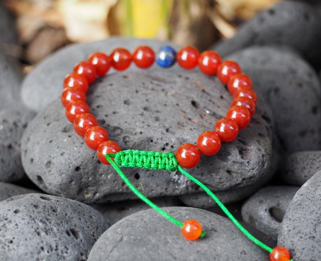 Carnelian Tibetan Wrist Mala Bracelet with Lapis Lazuli Spacer