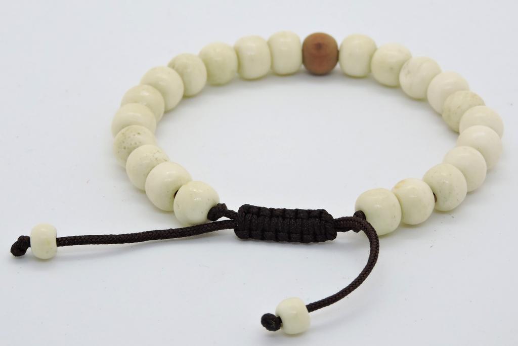 Tibetan Mala Yak Bone Wrist Mala Bracelet for Meditation (Sandalwood)