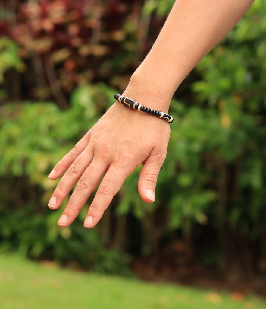 Yak Bone Tibetan dZi Bead Wrist Mala Bracelet for Meditation
