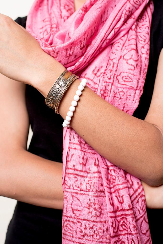 Handmade Yoga Om Nama Shiva Prayer Shawl/ Scarf (Pink)