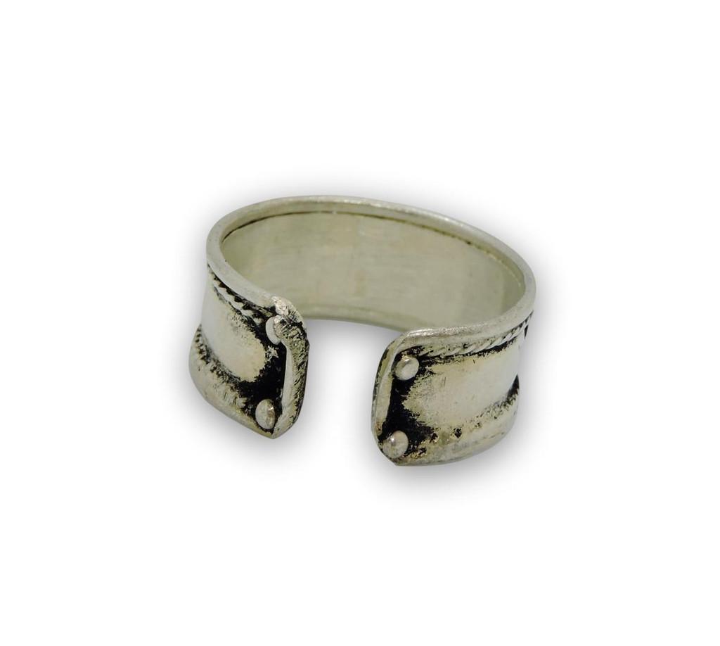 Handmade Tibetan Three Metal, White Metal Dzi Bead Healing Ring (Silver Plated)