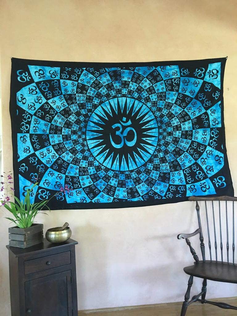 Bursting OM Tapestry- Turquoise