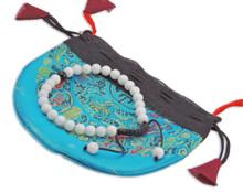 Small Conch Shell Wrist mala Bracelet with Black Onyx spacer