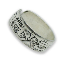 Handmade Tibetan Silver Adjustable Ring from Nepal (Eight Auspicious Symbol, Adjustable)