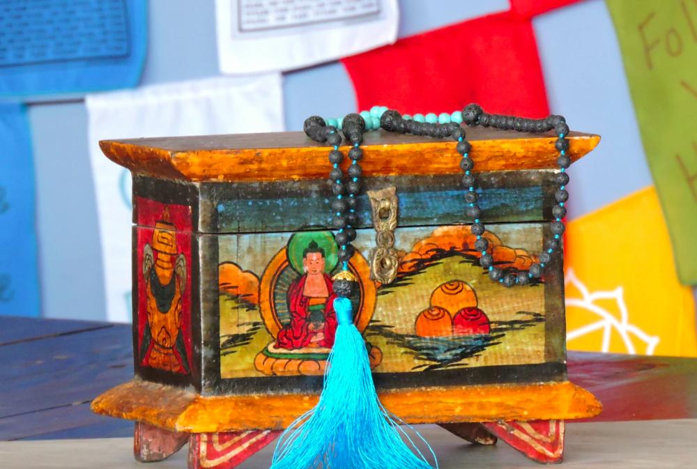 Tibetan Mala, Bracelet, Prayer Flags, Singing Bowl, Buddhist products