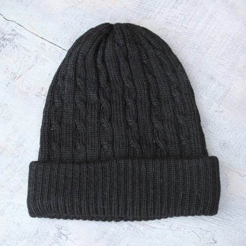 100% alpaca hat 'Black Braid Cascade'
