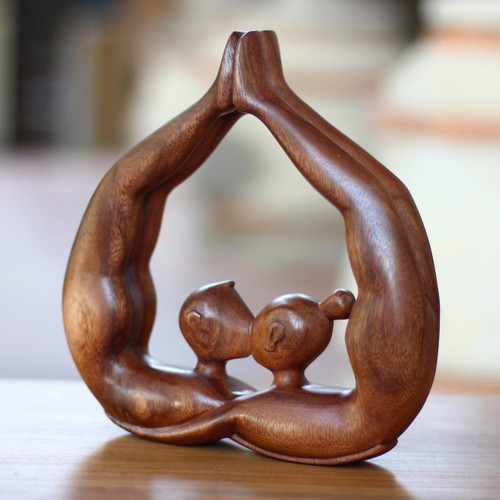 Unique Romantic Wood Sculpture from Indonesia 'Heart Kissing'