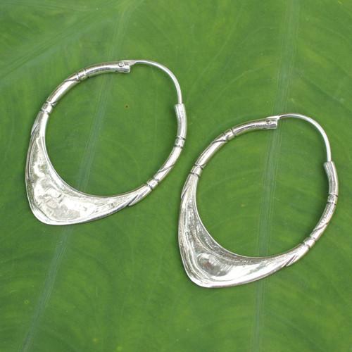 950 Silver Hoop Earrings 'Silver Boomerang'