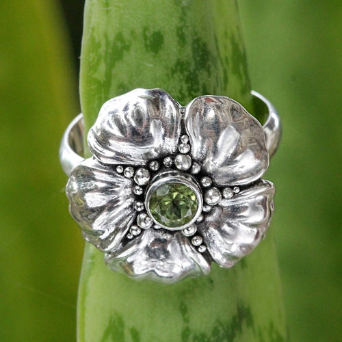 Handcrafted Balinese Peridot Flower Ring 'Hibiscus'