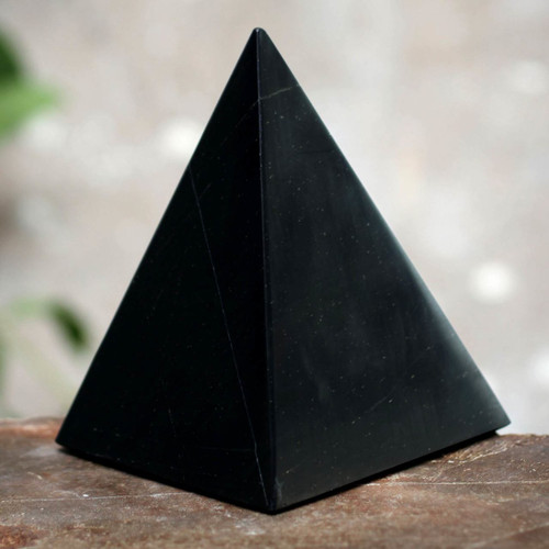 Onyx Pyramid Sculpture Handmade in Peru (Large) 'Black Night of Peace'