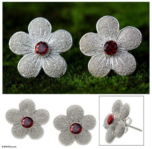 Garnet flower earrings 'Love Blossom'