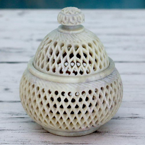 Hand Carved Soapstone Jali Jar (Medium) 'Lattice Lace'