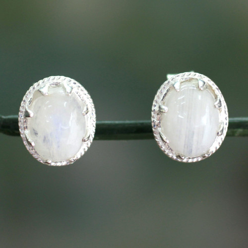 Moonstone stud earrings 'Morning Frost'