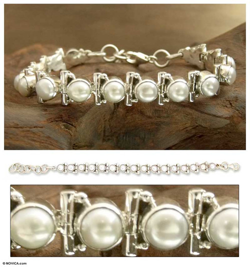 Women's Jewelry Bridal Sterling Silver Pearl Bracelet 'Pure Chic'