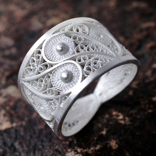 Handcrafted Fine Silver Filigree Ring 'Paisley Shine'