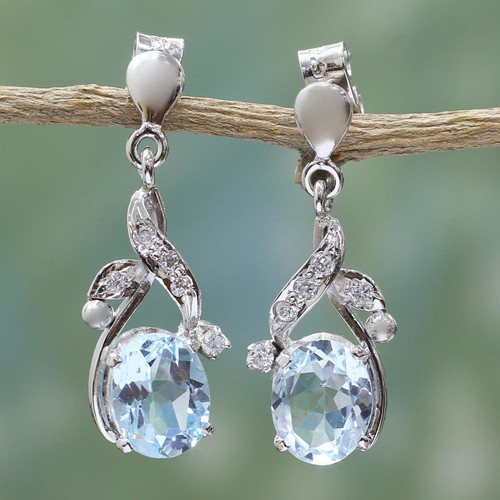 Handcrafted Sterling Silver Blue Topaz Earring Floral Jewelr 'Dazzling Dew'