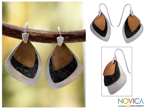 Modern Gold Accent Dangle Earrings 'Sails'