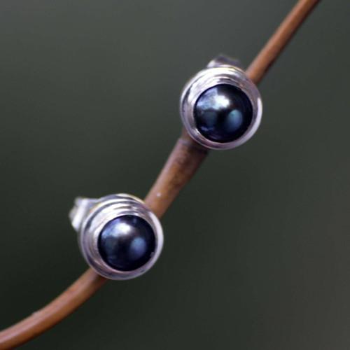 Handmade Gray Pearl Sterling Silver Earrings 'Eclipsed Moon'