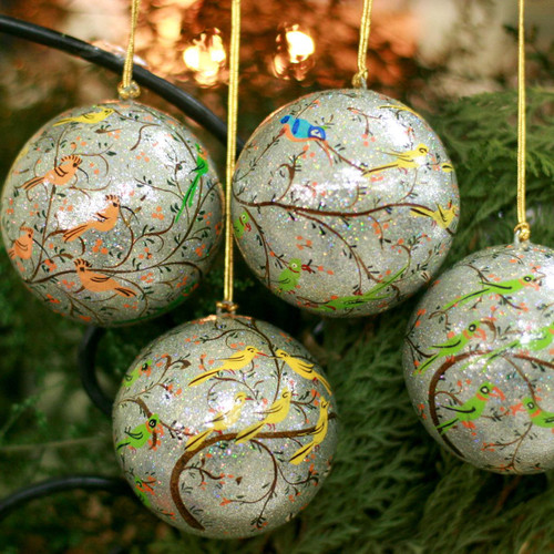 Handmade Papier Mache Multicolor Bird Ornaments (Set of 4) 'Holiday Heralds'