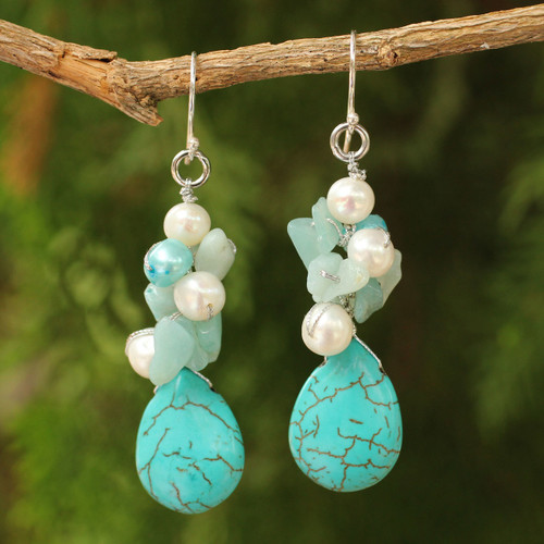 Handcrafted Turquoise Colored Dangle Earrings 'Bluebells'