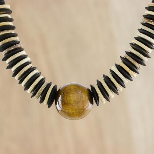 Coconut shell beaded necklace 'Mocha Coco'