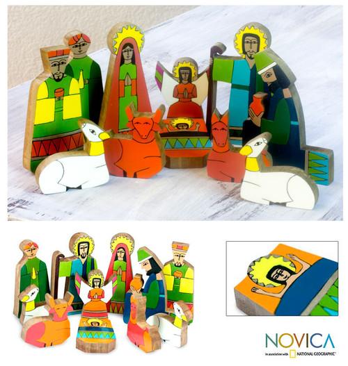 Pinewood nativity scene (11 Pieces) 'God's Gift'