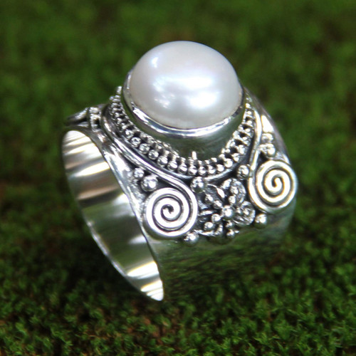 Sterling Silver and Cultured Pearl Cocktail Ring 'White Frangipani'