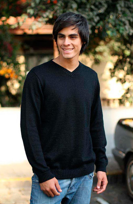 Men's Peruvian Alpaca Wool Blend Classic Pullover Sweater 'Ebony'
