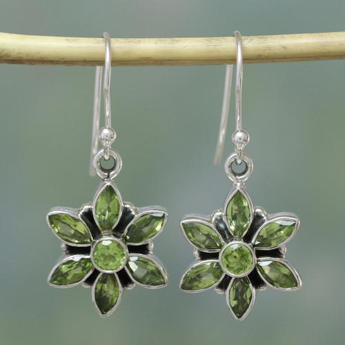 Peridot Earrings from Sterling Silver Flower Jewelry 'Daisy Beauty'