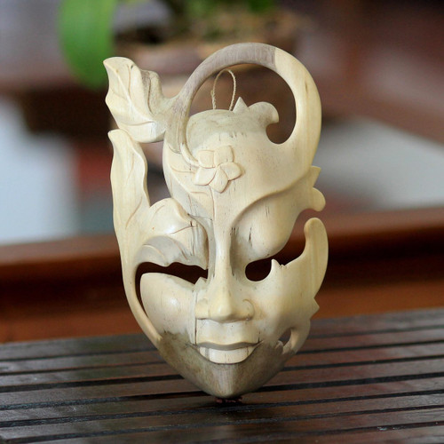 Hibiscus Wood Wall Mask 'Frangipani Flower Woman'