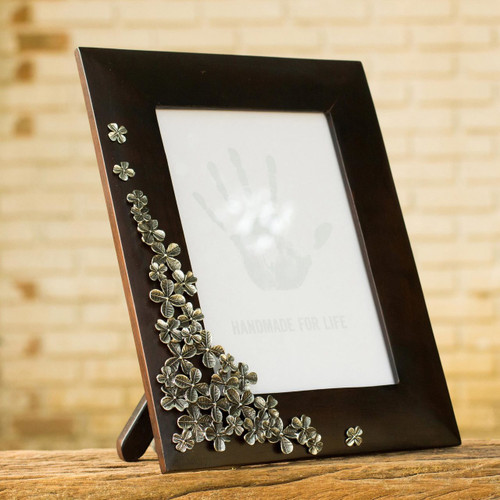 Fair Trade Mango Wood and Pewter Photo Frame  'Summer Clover'