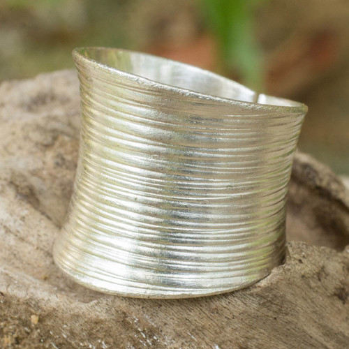 Artisan Crafted Modern Sterling Silver Band Ring 'Whispering Snow'