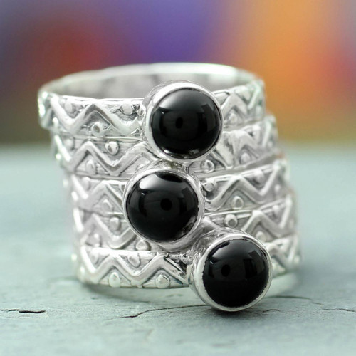 Onyx stacking rings (Set of 5) 'Midnight Fantasy'